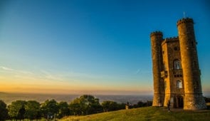 Sunset over Broadway Tower
