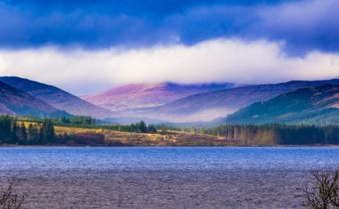 Clatteringshaws Loch