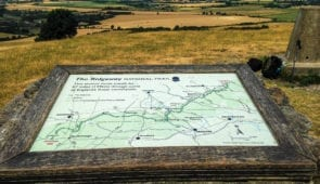 Ivinghoe Beacon, Ridgeway map and view