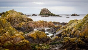 Winter coastal walk from Cullen to Bow Fiddle Rock