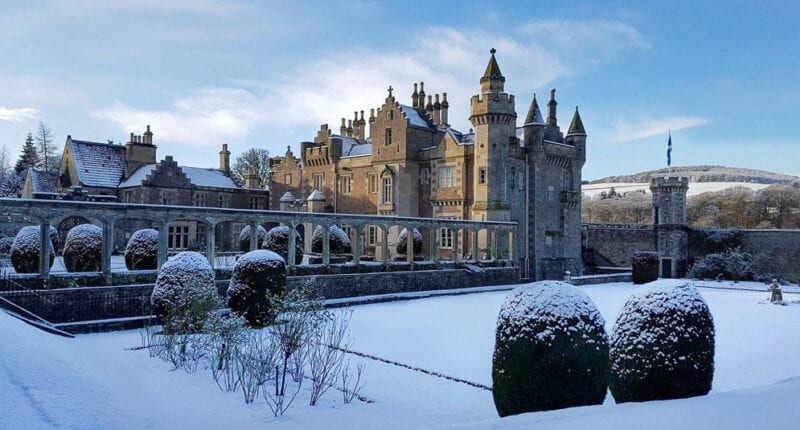 Abbotsford House in the snow