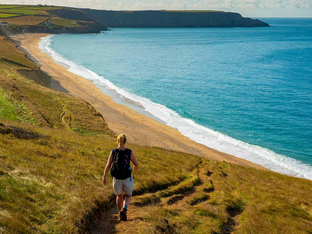 Walking-the-coastal-path-above-Porthleven-Sands