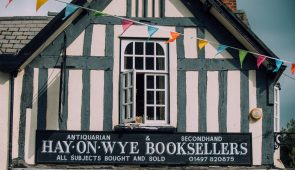 Hay-on-Wye bookshop